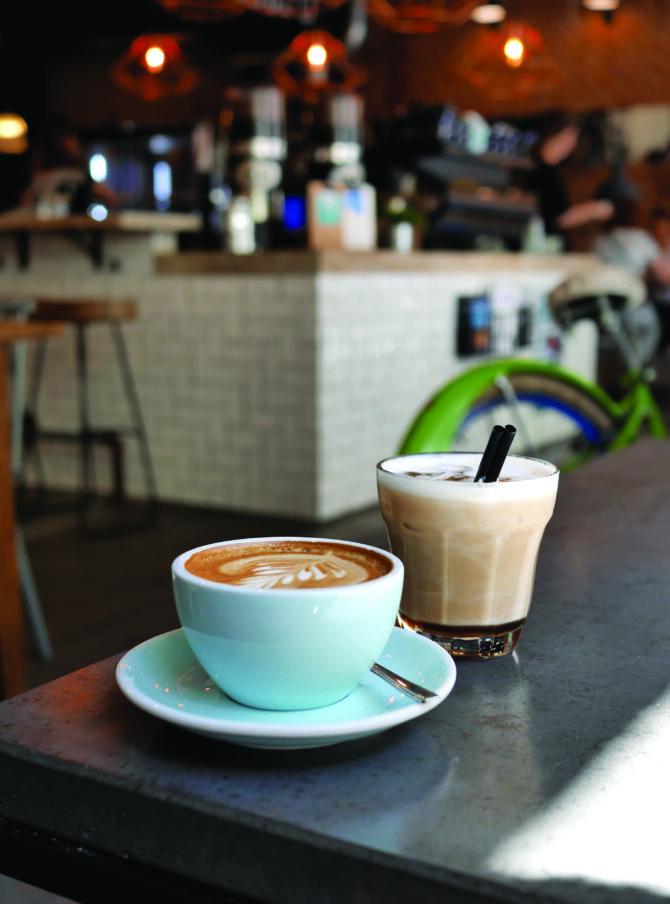 Bloomy's Café